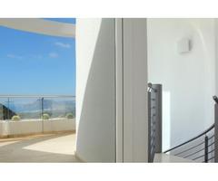 Недвижимость в Испании, Новая вилла с видами на море от застройщика в Альтеа