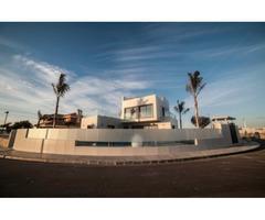 Недвижимость в Испании,Новые виллы на берегу моря от застройщика в Кампоамор