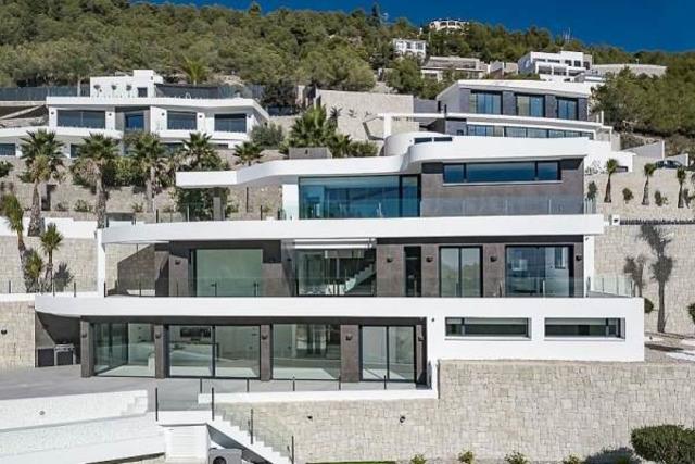 Недвижимость в Испании, Новая вилла с видами на море от застройщика в Венисса,Коста Бланка,Испания