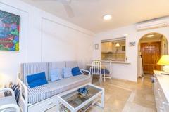 Недвижимость в Испании, Квартира с видами на море в Кампоамор,Коста Бланка,Испания